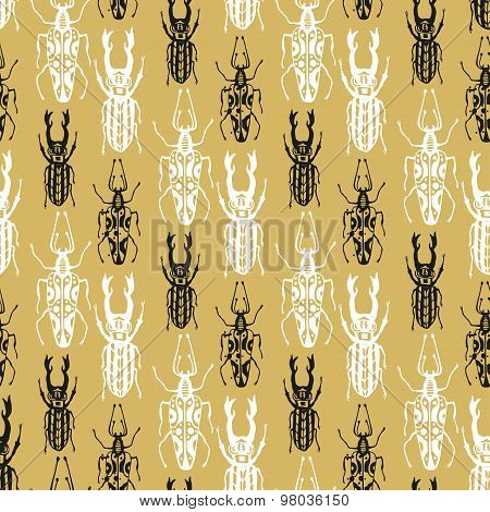 Exotic seamless pattern with insect beetles in gold background. Vintage style textured vector