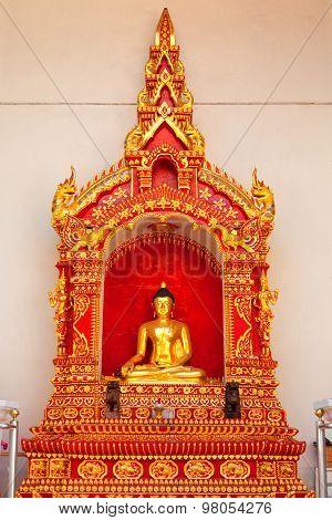 Buddha Statue At Wat Chedi Luang, Chiang Mai