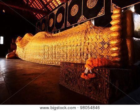 Reclining Buddha, Wat Chedi Luang, Chiang Mai