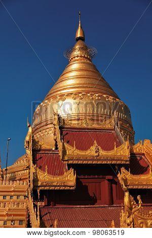 Shwezigon Pagoda, Bagan