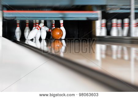 Bowling ball encounters the pin