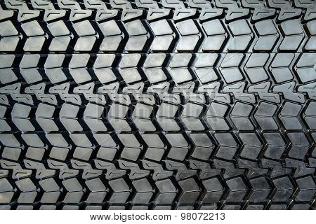 Textured tire tread