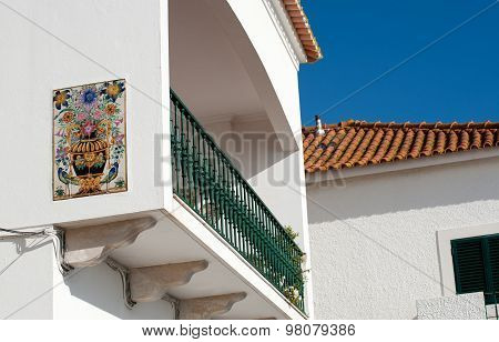 Home With Ceramic Glazed Tile Picture