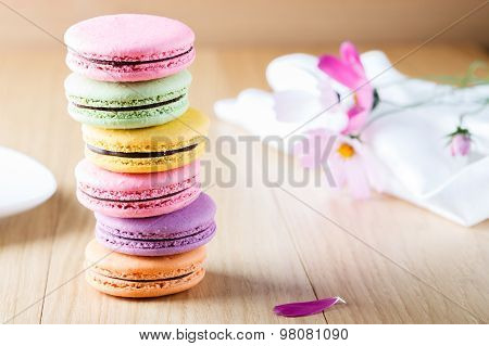 Six Colorful French Macaron