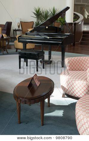 Piano In The Lobby Bar