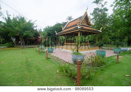 Thai Pavilion At King Memorial Park King Rama Ii ,samutsongkhram , Thailand