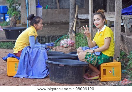 laotian girls are resting in duration of working shift