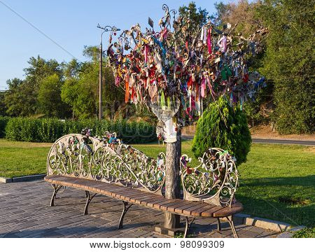 Original Wrought Iron Bench  And Tree Of Wishes ( Tree Of Happiness , Wedding Tree).
