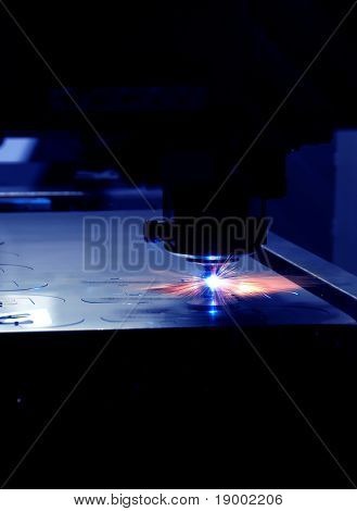 Lasercutting Automation