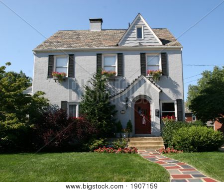 Cottage Style Colonial Home