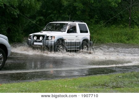 Flood Suv