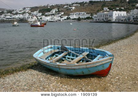 Row Boat Greece1