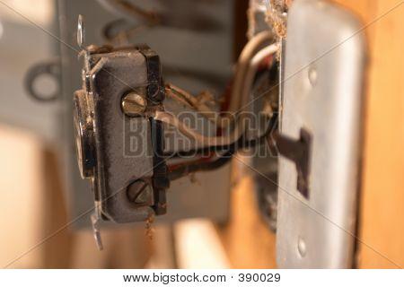 Repairing A 220 V Socket
