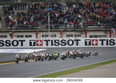 CHESTE - NOVEMBER 11: All riders during Moto2 race in GP of the Comunitat Valenciana, on November 11, 2012, in Ricardo Tormo Circuit of Cheste, Valencia, Spain