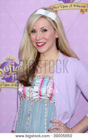 LOS ANGELES - NOV 10:  Ashley Eckstein arrives at the