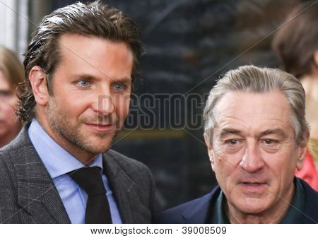 NEW YORK-NOV 12: Actor Bradley Cooper (L) and Robert DeNiro attend the premiere of