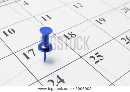 Tachuela en calendario