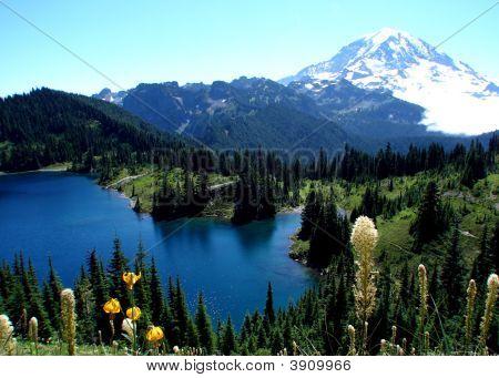 Inus Lake