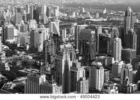 BANGKOK - APR-23: Ein Blick auf die Stadt vom Bayok himmel Hotel (s/w Foto) am 23. April 2012 in Bangkok, Th