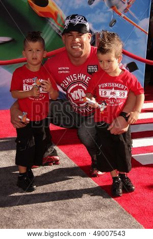 LOS ANGELES - AUG 5:  Tito Ortiz arrives at the