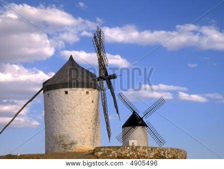Moinhos de vento espanhol La Mancha 2