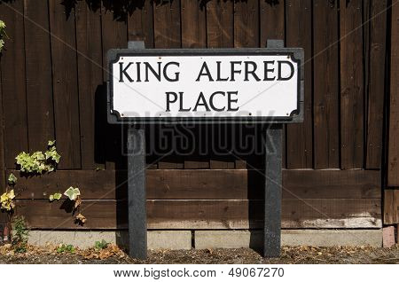 King Alfred Sign, Winchester