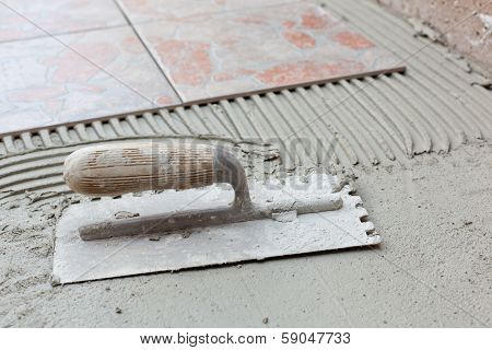 Notched Spatula For Applying Adhesive For Tile