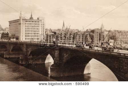 London Bridge In About 1915