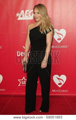 LOS ANGELES - JAN 24: Hilary Duff at the 2014 MusiCares Person Of The Year event at the Convention Center on January 24, 2014 in Los Angeles, CA