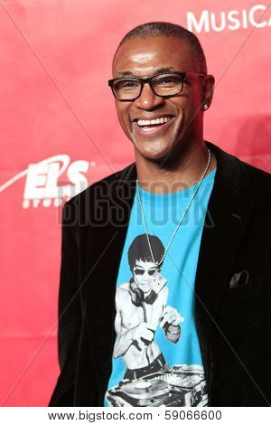 LOS ANGELES - JAN 24: Tommy Davidson at the 2014 MusiCares Person Of The Year event at the Convention Center on January 24, 2014 in Los Angeles, CA
