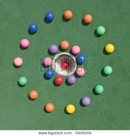 Golfballs In Circle