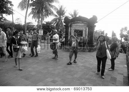 Tourists at Tanah Lot temple