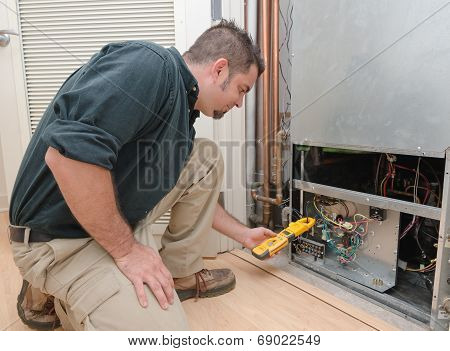 Checking Air Conditioner Amps