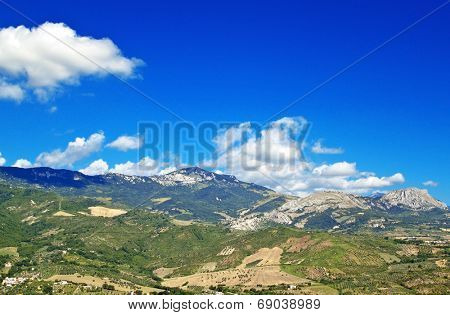 Abruzzo landscape from Tocco da Casauria viewpoint, Italy