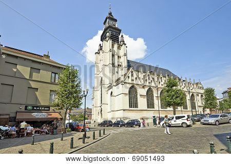 Church Notre-dame De La Chapelle