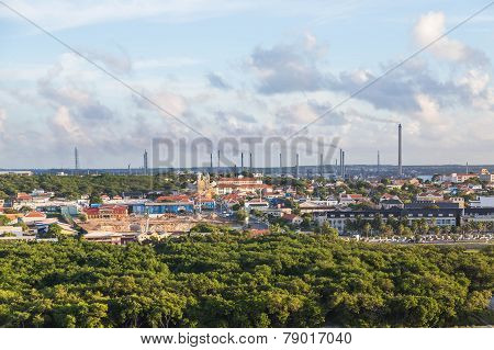 Industry On Curacao