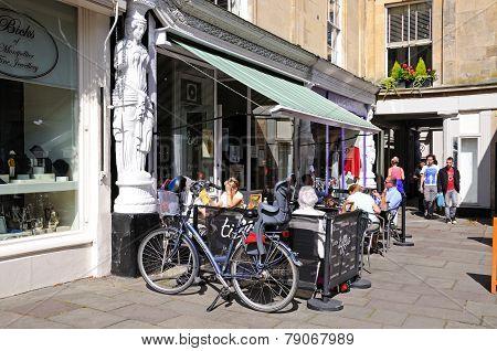 Pavement cafe, Cheltenham.