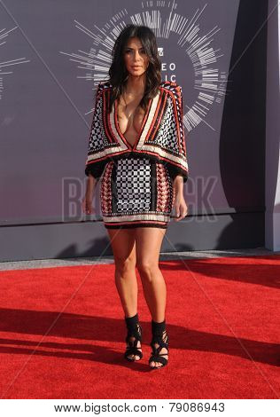 LOS ANGELES - AUG 24:  Kim Kardashian arrives to the 2014 Mtv Vidoe Music Awards on August 24, 2014 in Los Angeles, CA