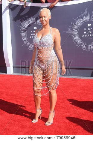 LOS ANGELES - AUG 24:  Amber Rose arrives to the 2014 Mtv Vidoe Music Awards on August 24, 2014 in Los Angeles, CA