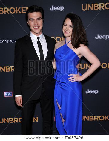 LOS ANGELES - DEC 15:  Finn Wittrock & Sarah Roberts arrives to the