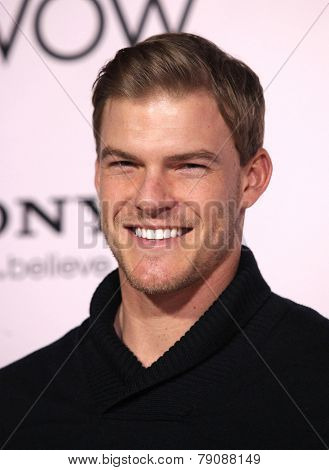 LOS ANGELES - FEB 06:  ALAN RITCHSON arrives to the 'The Vow' World Premiere  on February 06, 2012 in Hollywood, CA