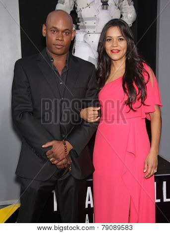 LOS ANGELES - AUG 01:  Bokeem Woodbine & Guest arrives to