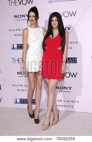 LOS ANGELES - FEB 06:  KENDALL & KYLIE JENNER arrive to the 'The Vow' World Premiere  on February 06, 2012 in Hollywood, CA