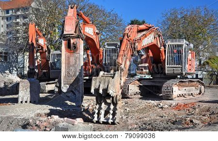 Christchurch Earthquake - Machines Of Mass Destruction - Excavators