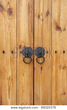 Wooden Gate With Door Knocker Chinese Style Vertical