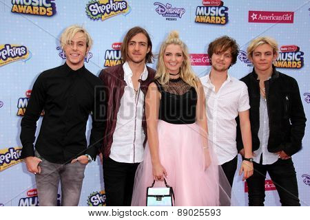 LOS ANGELES - APR 25:  R5, Riley Lynch, Ross Lynch at the Radio DIsney Music Awards 2015 at the Nokia Theater on April 25, 2015 in Los Angeles, CA