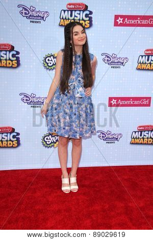LOS ANGELES - APR 25:  Landry Bender at the Radio DIsney Music Awards 2015 at the Nokia Theater on April 25, 2015 in Los Angeles, CA