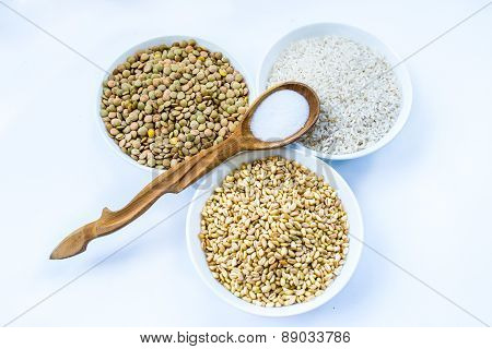 Cereals Rice, Lentil, Wheat And Wooden Spoon With Spoon, Horizontal