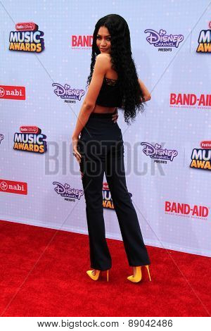 LOS ANGELES - APR 225:  Zendaya Coleman at the Radio DIsney Music Awards 2015 at the Nokia Theater on April 25, 2015 in Los Angeles, CA