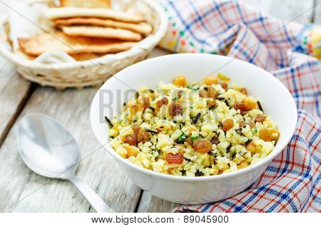 Rice, Wild Rice, Chickpeas With Raisins And Herbs